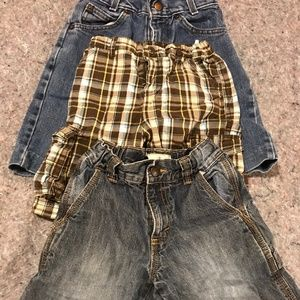 Bottoms - Boy's Size 5T Short Lot